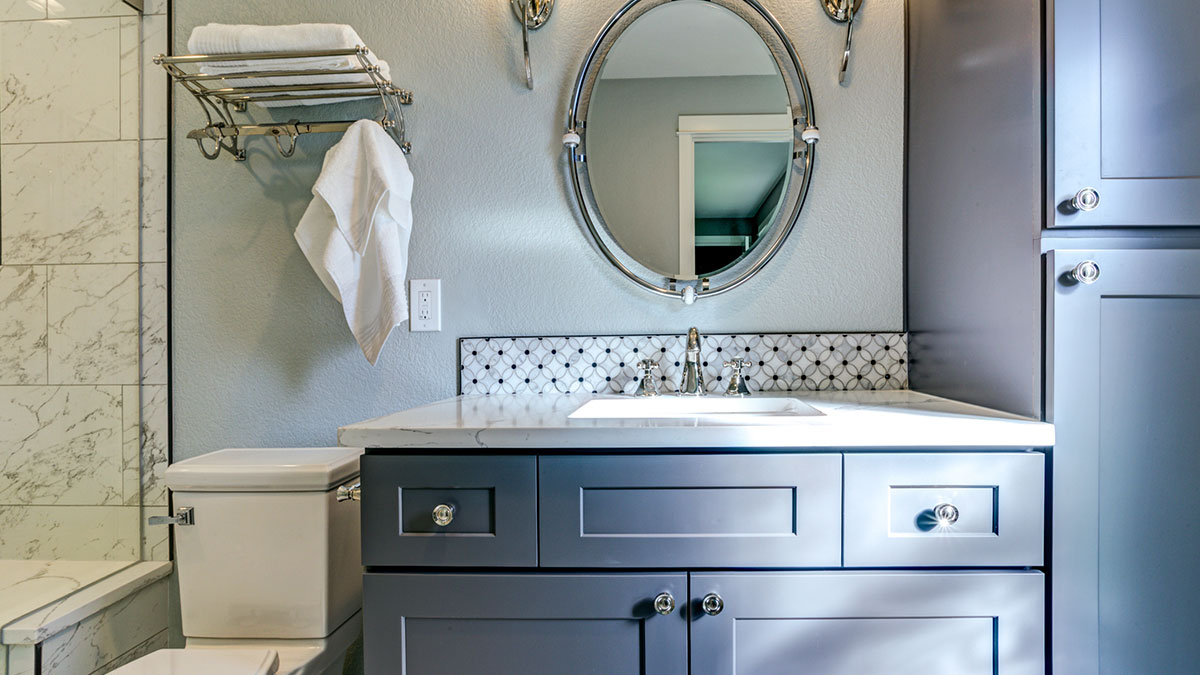 Wow-Worthy Ideas for Weekend Bathroom Makeovers on a Budget